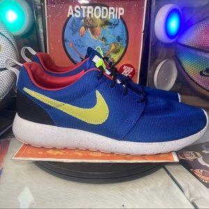 🆕 NikeRoshe One SE 'Indigo Volt' - Size: Mens 9